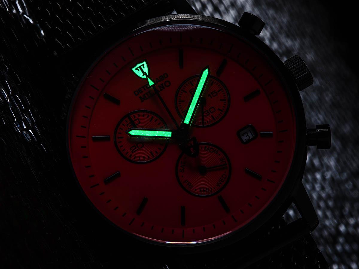 detomaso milano mens wrist watch milanaise mesh strap chronograph its classic design the detomaso milano chronograph is ideal for demanding men a distinct sense of style and taste