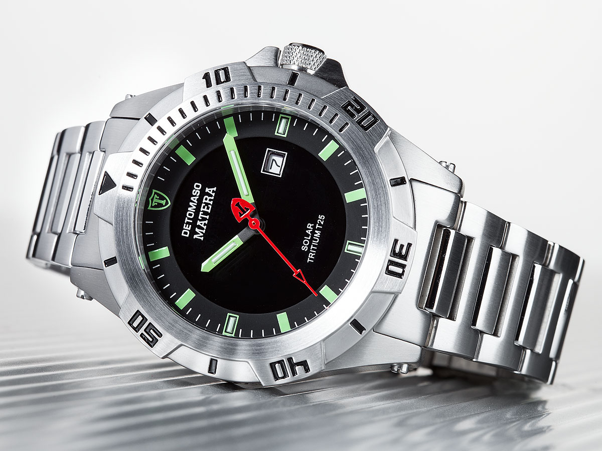 Detomaso matera mens diving watch tritium solar stainless steel green new ebay for Tritium dive watches